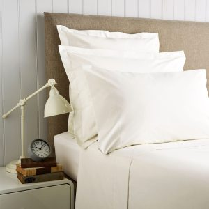 Christy King Pillowcases Ivory 400tc cotton sateen