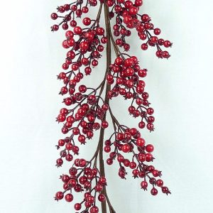 1.8m Red Berry Garland
