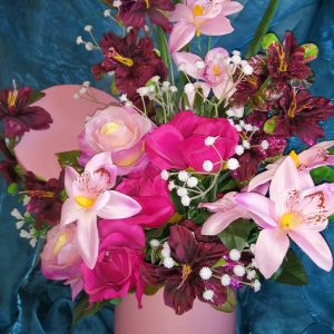 artificial flowers in hatbox